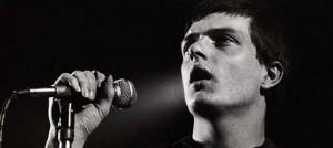 只要台幣五百六十萬就能擁有 Joy Division 主唱 Ian Curtis 的房子